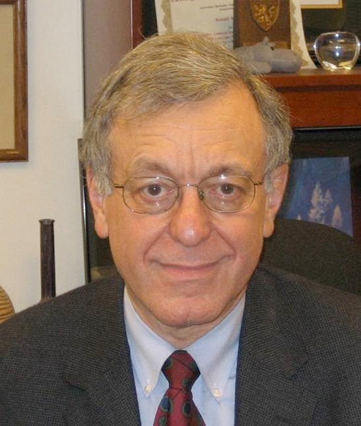 Headshot of Dr Ronald Krauss