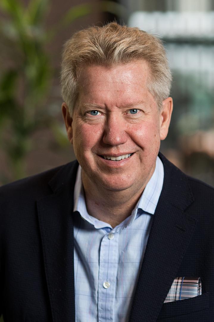 Headshot of Dr. Fielding